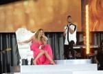 Miguel+Mariah+Carey+Performs #Beautiful GMA 52413 2